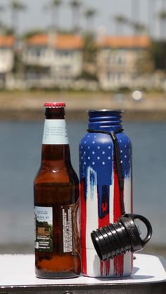 Well, here's your chance to prove it with your very own fancy shmancy American Flag BottleKeeper. Insulated to keep your beer colder, longer, and protected from breakage, The Standard BottleKeeper is made for the typical 12 oz bottle Bud Light, Pot Mason, Mason Jars, Cool Gifts, Diy Gifts, Cool Inventions, Cool Things To Buy, Stuff To Buy, Cool Items