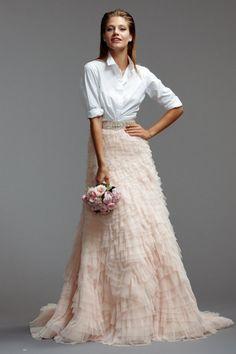 Vestido romántico en dos piezas! #vestido #dress #novia #bride #boda #wedding #moda #fashion