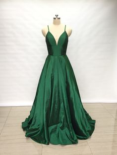 Are you looking for Spaghetti Straps Emerald Green Taffeta Long Prom Dress We have sorted out the most fashionable & trending dresses of Check out our top picks now. Emerald Green Bridesmaid Dresses, Green Formal Dresses, Dresses Elegant, Pretty Prom Dresses, A Line Prom Dresses, Dressy Dresses, Cheap Prom Dresses, Quinceanera Dresses, Emerald Prom Dress