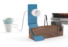 """Edi Desk Organizer by Bistacchi. """"Edi"""" the desk organizer with lamp created by Italian designer Tommaso Bistacchi. New Furniture, Furniture Projects, Furniture Design, Metal Furniture, Folding Desk, Modern Desk, Desk Organization, Desk Accessories, Lamp Design"""