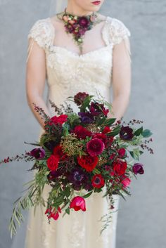 Stunning Winter Red Bouquet An Urban Secret Garden – Stunning Autumn Wedding Inspiration