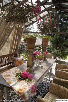 verhoilu,puutarha,romanttinen,koriste-esineet,kuisti