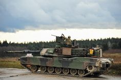 M1 Abrams, Battle Tank, Us Army, Military Vehicles, Tanks, Army Wallpaper, War, Parks, Army Vehicles