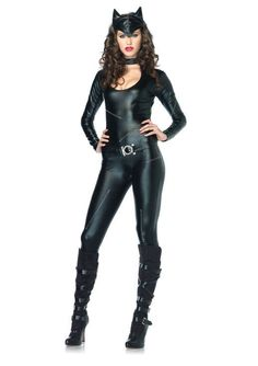 Our last in our series of female super hero costumes comes our Cat Woman costumes. This is proving very popular with the new Batman film coming out later this year and is a sure hit with Superhero themed parties... Next up we will take a look at our popular movie fancy dress costumes, follow us to keep up to date with all the latest fancy dress ideas and photos!