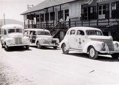 Moleskine Eletrônico: Volta Redonda-RJ anos 40, 50 e 60  Carros de socorro médico da CSN. Olha aquela Mercury woody 42!!!!