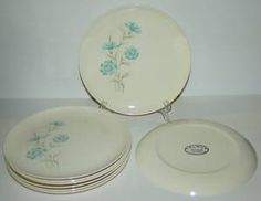 TST Taylor Smith BOUTONNIERE Dinner Plates, Set of 8 | eBay Catie's pattern!