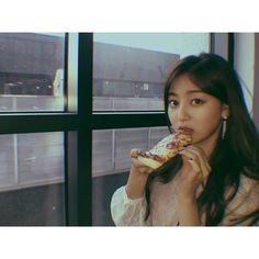 Twice - Park Ji-soo (Jihyo 지효) Nayeon, Kpop Girl Groups, Kpop Girls, Park Ji Soo, What Is Love, My Love, Sana Momo, All About Kpop, Jihyo Twice