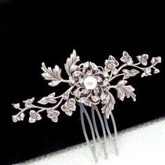 Small Bridal hair comb, Wedding hair comb, Antique silver hair accessory, Vintage style hair comb, Flower and leaf comb