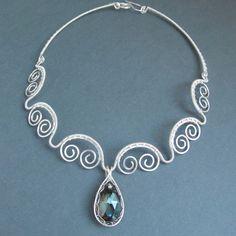 The Scalloped Edge Choker | JewelryLessons.com