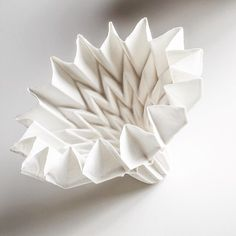 """Making Porcelain with an Origami > This innovative technique of casting paper to create freeform porcelain gives rise to new possibilities. Designer: Hitomi Igarashi / Award winner for <span class=""""pwe_meta_hashtag pwe_meta_hashtag_lexusdesignaward"""">#lexusdesignaward</span> 2013 / Mentor: Junya Ishigami <span class=""""pwe_meta_hashtag pwe_meta_hashtag_design"""">#design</span> <span class=""""pwe_meta_hashtag pwe_meta_hashtag_origami"""">#origami</span> <span class=""""pwe_meta_hashtag…"""