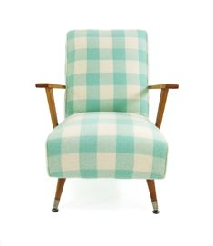 Love this New Zealand Co that reloves retro furniture by covering them in pure NZ wool blankets