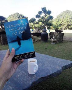 #TristineReads #books #bookworm #bibliophile #bookporn #paulocoelho #veronikadecidestodie