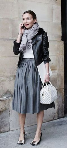 Skirt fashion street the sartorialist 22 ideas The Sartorialist, Classy Outfits, Beautiful Outfits, Trendy Outfits, Fall Outfits, Outfit Winter, Dress Winter, Layering Outfits, Work Outfits