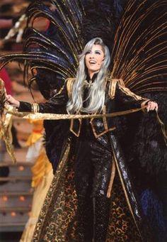 【ヒューマン】明日海りお、宝塚100周年に射止めた花組新トップ(19) Phantom Of The Opera, Musicals, Game Of Thrones Characters, Japan, Costumes, Cute, Fictional Characters, India, Inspiration