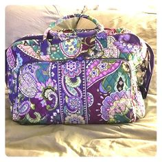 Vera Bradley Weekender Heather is the name of the pattern. Dimensions and description from site in photos. Barely used. Perfect condition. Great for travel carry on! Vera Bradley Bags Travel Bags