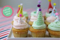 Cupcake met een feestelijk hoedje - Oh Happy Day
