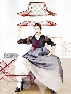 "Vogue Korea August 2012 Issue Editorial: ""Fashion into Art"" Photographer: Kang Hyea Won Stylist: Seo Young Hee Fashion Mode, Korea Fashion, Asian Fashion, Fashion Art, Fashion Ideas, Fashion Design, Fashion Outfits, Korean Traditional Clothes, Traditional Fashion"