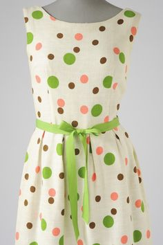 dotty dress--not sure if I could wear it or not, but it's cute.