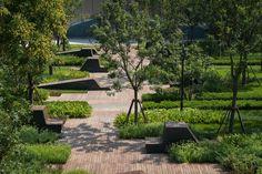 3-Sunken-courtyard-garden « Landscape Architecture Works | Landezine