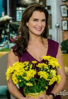 Brooke Shields in the Flower Shop Mystery: Snipped In The Bud - April 2016 : ) Flower Shop Mystery, Mystery Photos, Brooke Shields, Flowers For You, Hallmark Movies, Movies To Watch, Art Pictures, Celebs, Actresses