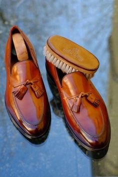Dress Shoes | More on Gent-life.com or click on the Instagram link below.