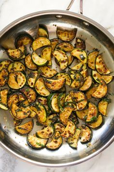 Simple sautéed zucchini that takes under 15 minutes and is full of flavour. Makes a great side dish or perfect with some fresh bread or toast! Lemon Recipes, Side Recipes, Vegetable Recipes, Vegetarian Recipes, Dinner Recipes, Cooking Recipes, Healthy Recipes, Healthy Meals, Broccoli Bake
