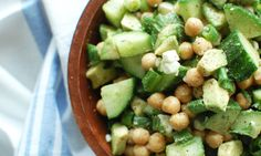 With the weather getting warmer, a delicious, cold, refreshing salad is sometimes just what the body needs. This delicious chickpea, cucumber and avocado salad does the trick. It only takes 10