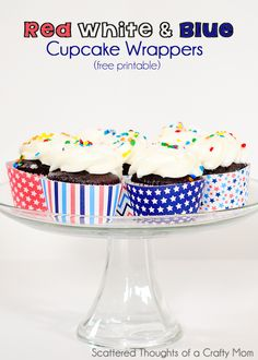 Print out these patriotic red, white and blue cupcake wrappers for your next get together! #freeprintable #patriotic #cupcake