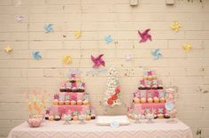 pink-yellow-blue-cupcake-paper-pinwheel-birthday-party-ideas