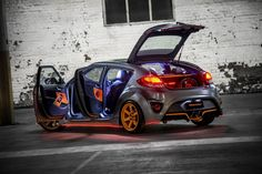 I don't want this...I NEED THIS!!!!  Hyundai представил Veloster Street Concept на 2012 AIMS