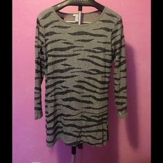 Joan Vass sequins zebra stripe tunic Cute knit heather gray and black sequins animal print tunic. Size 1 meaning 8 - 10 US. Joan Vass Tops Tunics