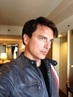 John Barrowman News (Team_Barrowman) su Twitter