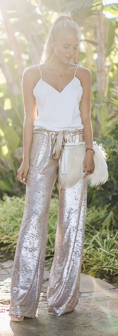 Janni Deler White Cami Blush Sequin Joggers New Years outfit Looks Street Style, Looks Style, Style Me, Sequin Pants, Sequin Outfit, Look Chic, Mode Inspiration, Marchesa, Elie Saab