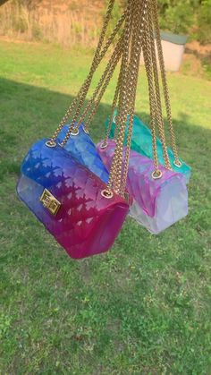 Cute summer bags – Purses And Handbags Boho Luxury Purses, Luxury Bags, Luxury Handbags, Fashion Handbags, Fashion Bags, Diy Bags Purses, Cute Purses, Purses And Handbags, Cheap Purses