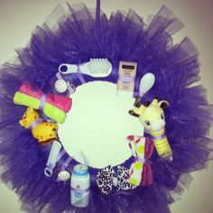 Baby shower wreath.