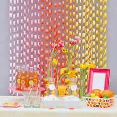 paper_chain_backdrop_orange_party