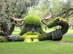 Cernunnos and the Ram-horned Serpent, Spirits of the Forest from Canada. Mosaicultures, Montreal, 2013.