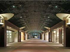 天神地下街 tenjin underground city in Fukuoka
