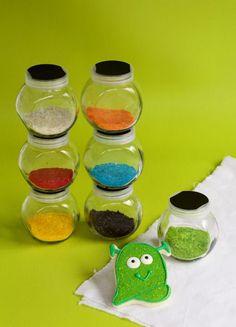 DIY Sparkle Dust- An Edible DIY Disco Dust Knock Off with www.thebearfootbaker.com