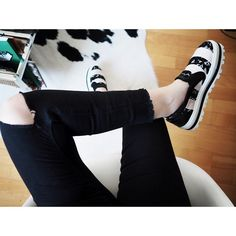 """""""Hubby described these @msgm_official shoes as """"the most revolting things he's ever seen"""". I think they are perfect. #mellerobotshoes"""""""