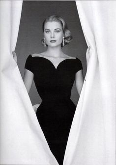 Grace Kelly... old Hollywood... perfection