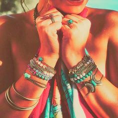 Follow @candiluxebycourtney for gorgeous Jewelry and accessories inspired by the #amalficoast of #italy designed in New York for #chloeandisabel #summer #2016 #collection. #candiluxebycourtney (link to boutique in her bio)  #jewels #gems #semiprecious #bracelet #wrapbracelet #bangles #cuff #charm #adjustable #ring #stackablerings #convertible #convertible #jewelrygram #jewelryset #earrings #stackemup #towel by bocaratonproperties