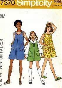 simplicity 7370 - jumper with three neckline and 2 pocket variationjs. size 14 a-line. 1976