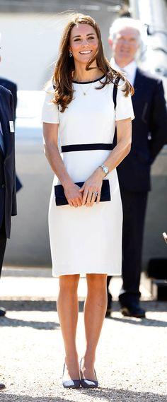 Kate Middleton elige vestido de rebaja  ¡y se ve perfecta!
