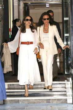 Angelina Jolie Puts a Summer Spin on Parisienne Style Jacqueline Bisset, Angelina Jolie Style, Parisienne Style, Ralph Lauren Suits, Summertime Outfits, French Girl Style, Girl Fashion, Fashion Outfits, Tennis Dress
