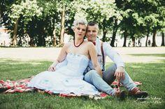 méretre készített menyasszonyi ruha by ticci rockabilly clothing Rockabilly Wedding, Rockabilly Outfits, Bride Dresses, Rock And Roll, Badass, Clothes, Outfits, Bridal Gowns, Clothing