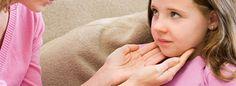 Existen fármacos que ayudan a mitigar los dolores que produce esta enfermedad. Por ejemplo, los analgésicos.
