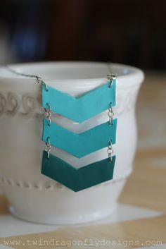 Ombre Chevron DIY Necklace Tutorial. Great as a birthday present!