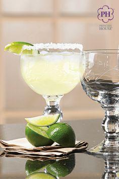 Las Copas Campechanas Princess Heritage® ¡son el tamaño perfecto para servir lo que quieras ¡desde bebidas hasta aperitivos!