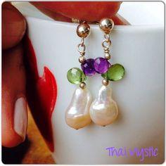 Algo más de la colección gemas de Thai Mystic Chile, ésta vez en perlas de río cuarzo amatista y peridoto, que opinas? Gems collection, earrings in natural pearl, peridoto y amatist